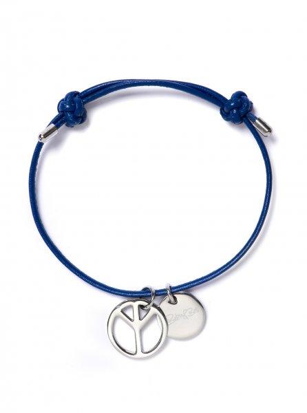 Barry blau mit Peace-Anhänger